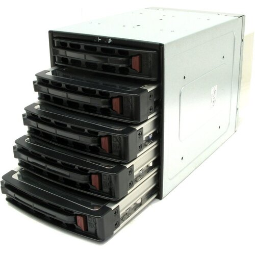 ������ SuperMicro  Mobile Rack CSE-M35TQ